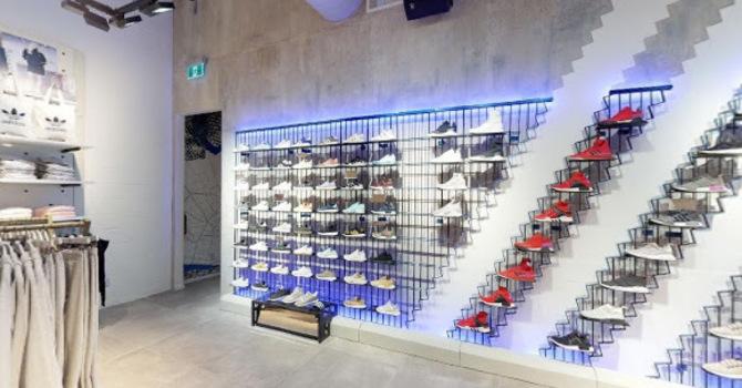 Adidas - Montreal